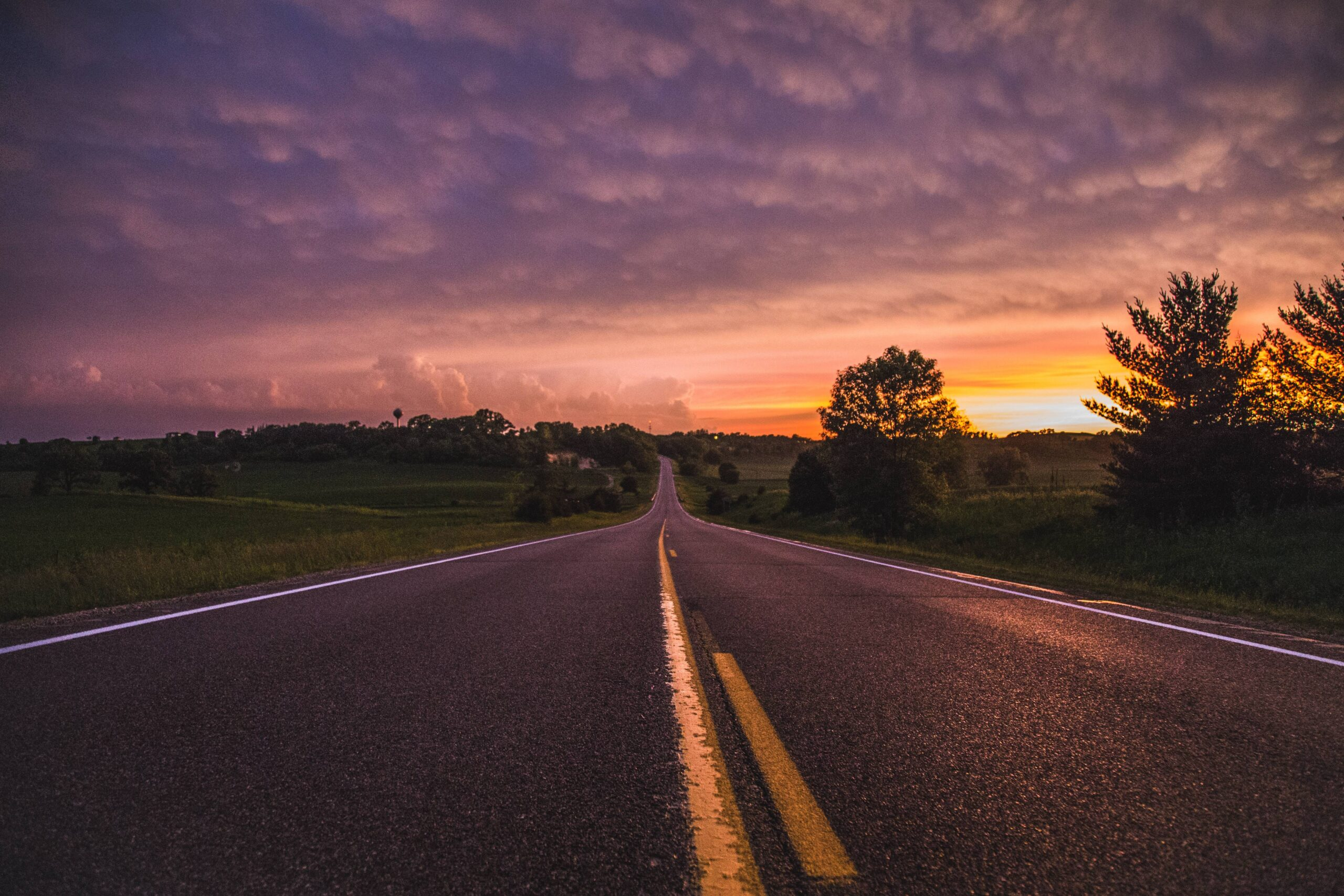 An image of the open road